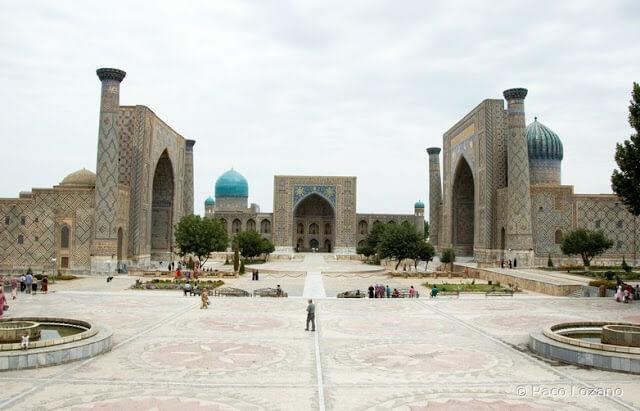 Plaza de Registan en Samarcanda