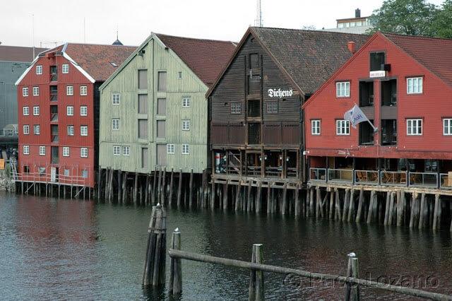Palafitos en Trondheim, Noruega