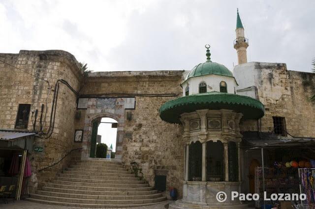 Mezquita de Jezzar Pachá en Acre, Israel