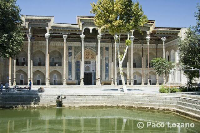 Mezquita Bolo Hauz, Bujará, Uzbekistán