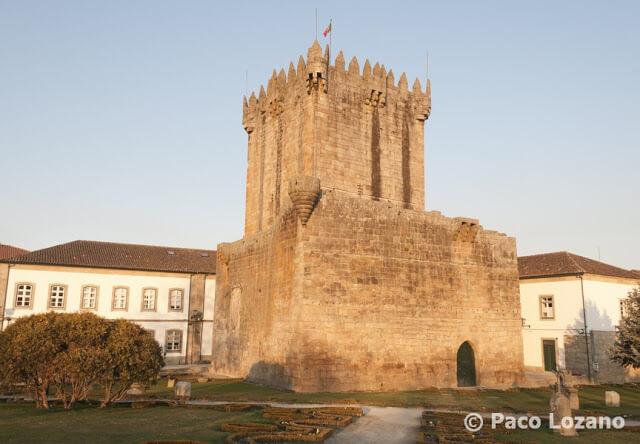Torre del homenaje del castillo de Chaves, Portugal