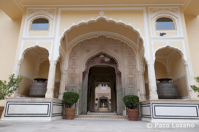 Entrada del Palacio de Samode