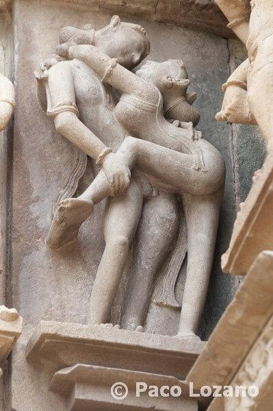 Esculturas eróticas en Khajuraho