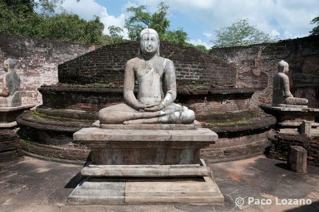 Polonnaruwa: estatuas de Buda