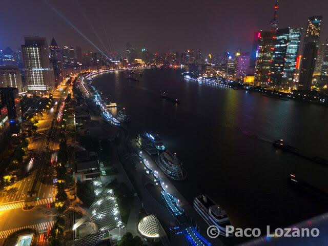 Pudong, junto al río Huangpu
