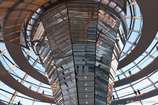 La cúpula del Reichstag vista desde dentro