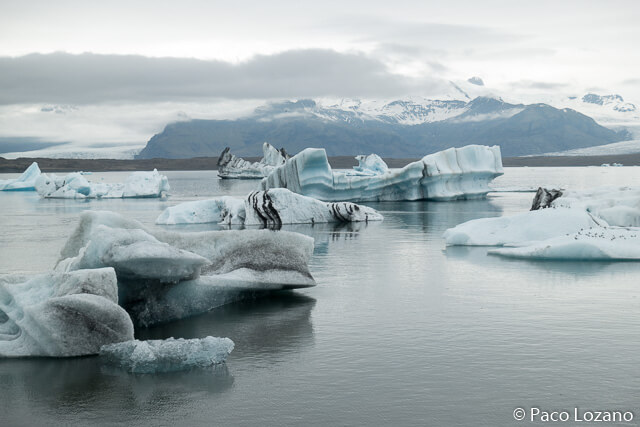 Icebergs and glacial lakes: Iceland
